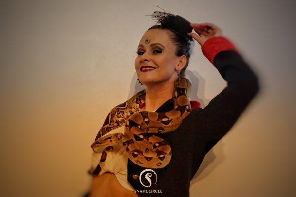 Lia Snake Circle cirque